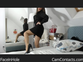 Webcam model FaceinHole from CamContacts
