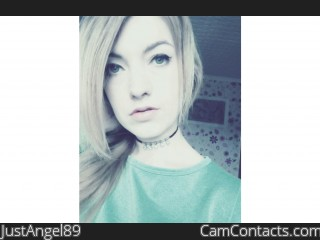 Webcam model JustAngel89 from CamContacts
