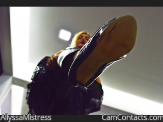 Webcam model AllyssaMistress from CamContacts
