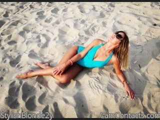 Webcam model StylishBlonde2y from CamContacts