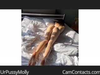Webcam model UrPussyMolly from CamContacts