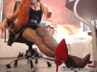 Webcam model XXSweetPoison4U from CamContacts