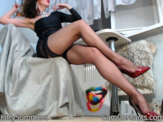 Webcam model KittySummers from CamContacts