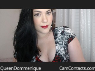 Webcam model QueenDommenique from CamContacts