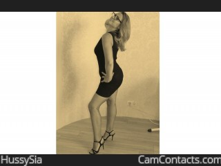 Webcam model HussySia from CamContacts