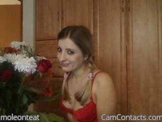Webcam model moleonteat from CamContacts