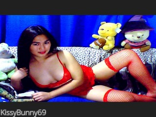 Live cam real time video chat with KissyBunny69