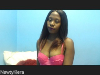 LIVE SEXCAM VIDEO CHAT mit NawtyKiera