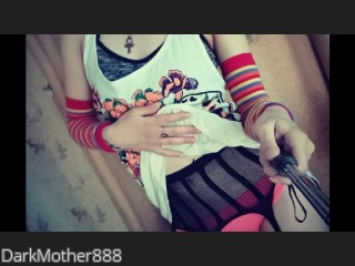 LIVE SEXCAM VIDEO CHAT mit DarkMother888