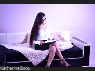 LIVE SEXCAM VIDEO CHAT mit KatherineBisou