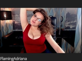 LIVE SEXCAM VIDEO CHAT mit FlamingAdriana